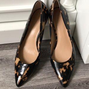 Ann Taylor Tortoise Pumps kitten Heel 6 1/2